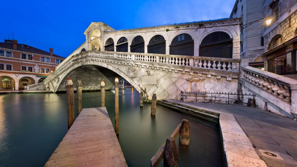 Rialto Bridge wallpaper
