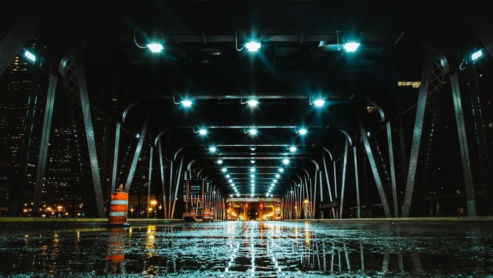Rainy Bridge in Chicago wallpaper