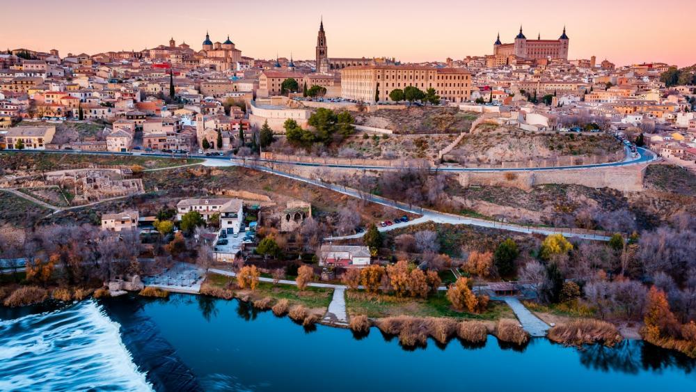Toledo and Tajo River wallpaper