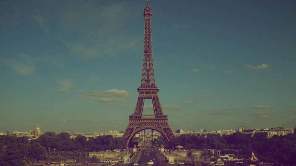 Eiffel Tower vintage effect wallpaper