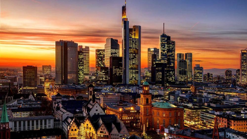 Frankfurt at dusk wallpaper