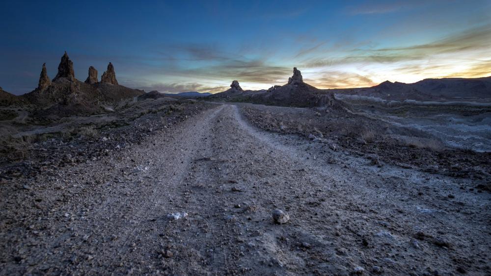 Trona Pinnacles, Mojave Desert wallpaper