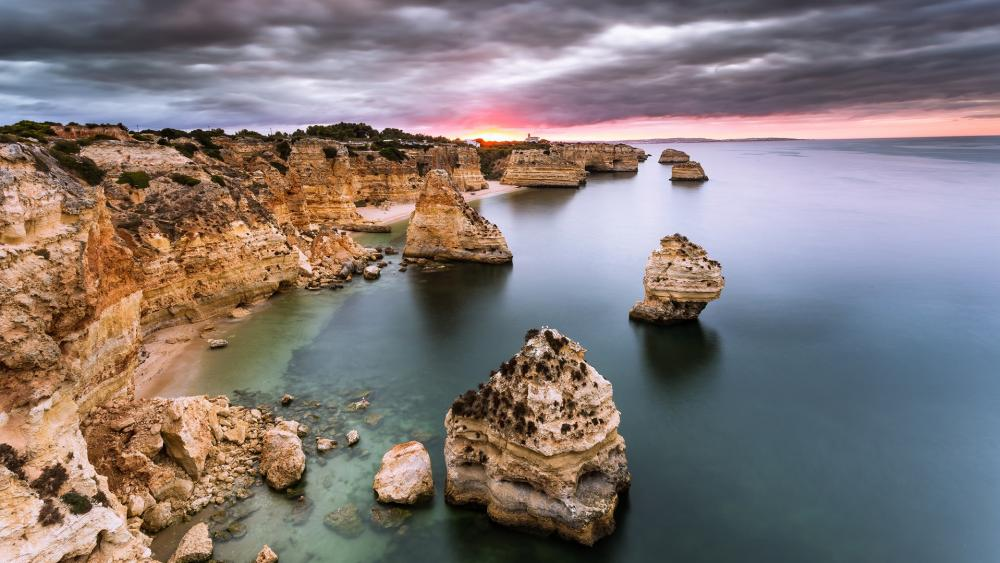 Marinha beach wallpaper
