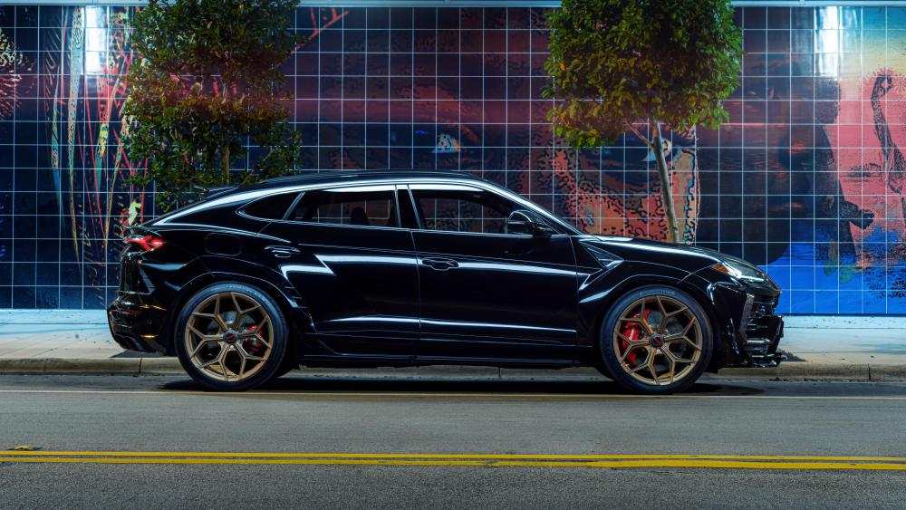 Black Lamborghini Urus wallpaper