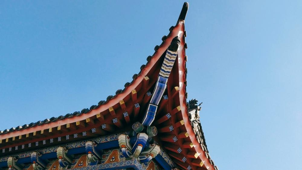 Chinese traditional temple building wallpaper