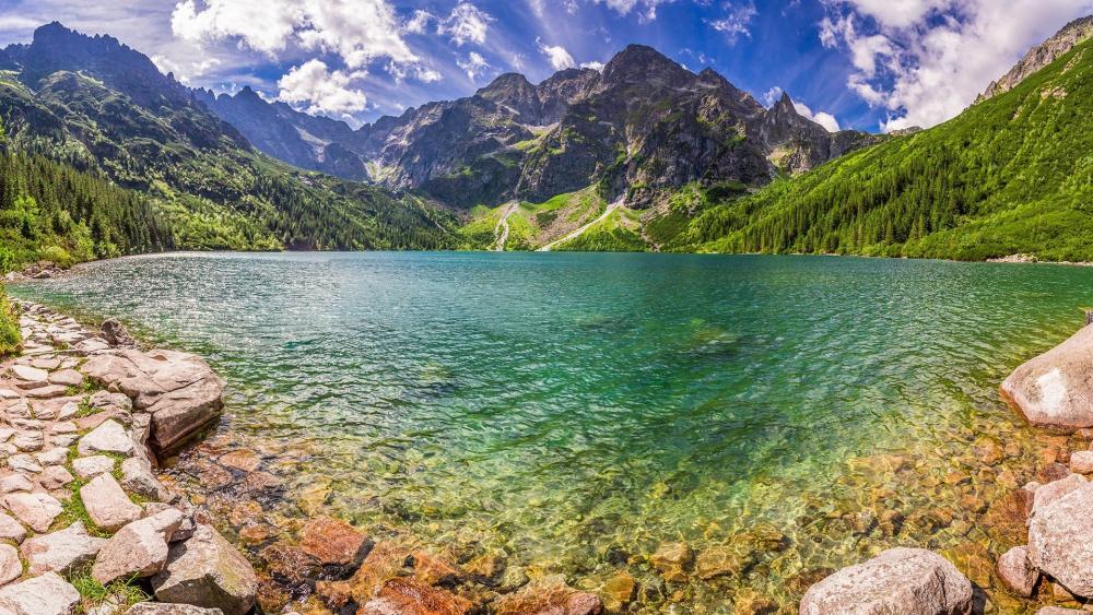 Morskie Oko lake in Tatra National Park, Poland wallpaper