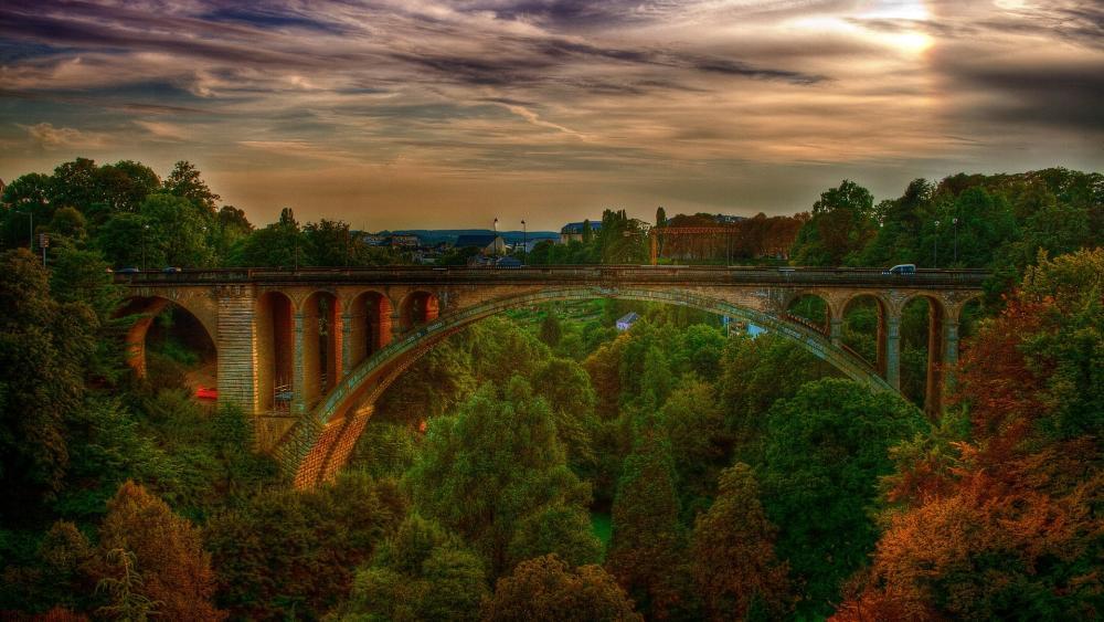 Adolphe Bridge wallpaper