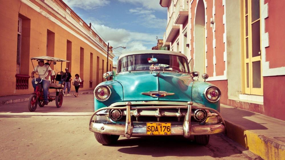 Cuban vintage car wallpaper