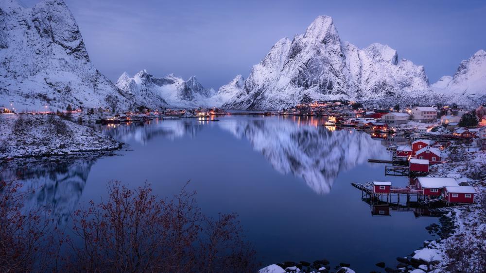 Reinefjorden reflection wallpaper