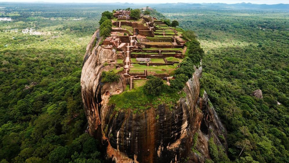 Sigiriya (Lion Rock) wallpaper