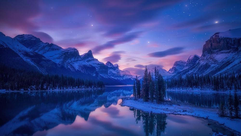 Spirit Island (Maligne Lake, Jasper National Park) wallpaper
