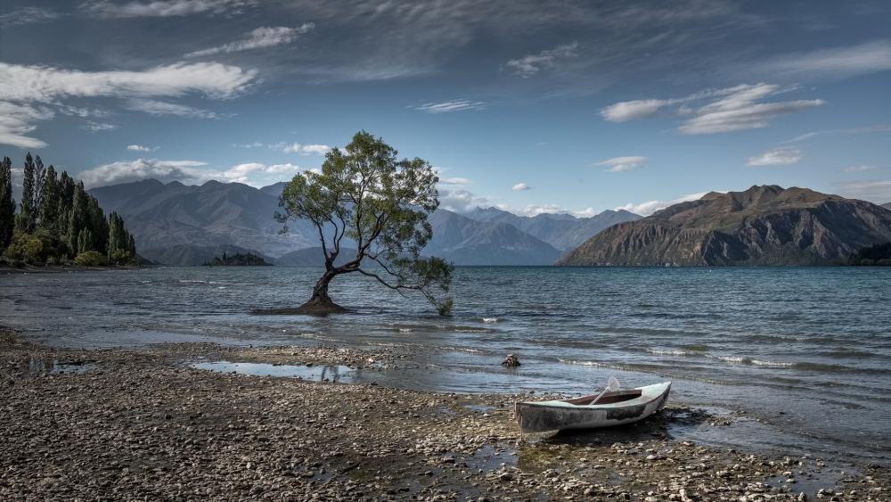 Lake Wanaka wallpaper