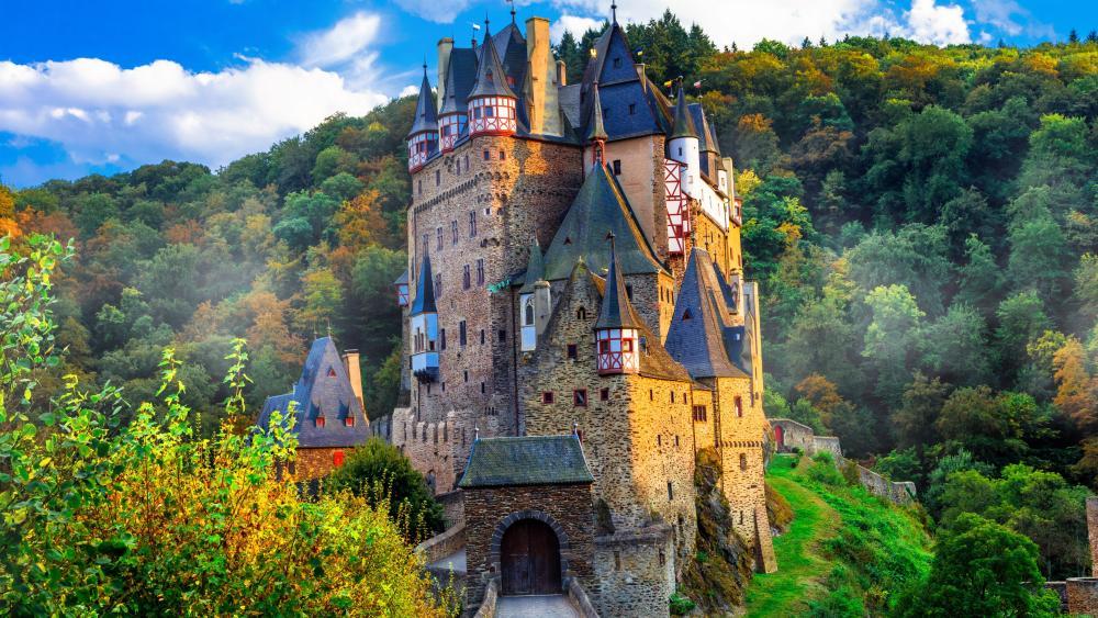 Burg Eltz (Eltz Castle) wallpaper