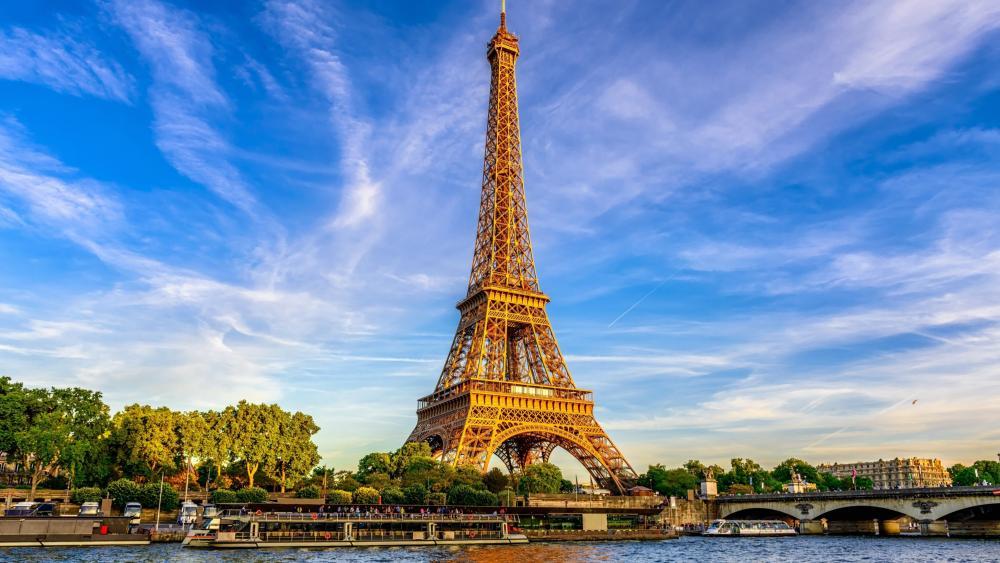 Eiffel Tower from Seine wallpaper