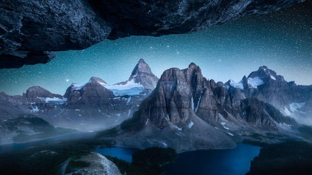 Mount Assiniboine by night wallpaper