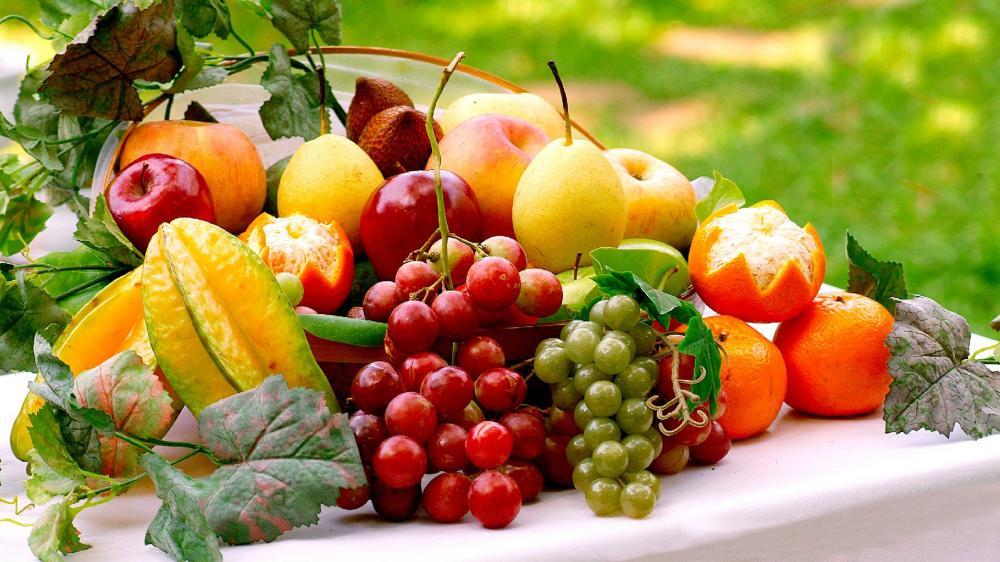 Fresh fruits wallpaper