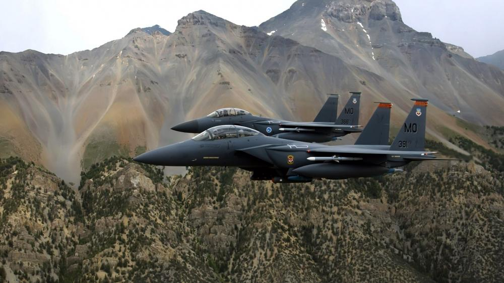 McDonnell Douglas F-15E Strike Eagle wallpaper
