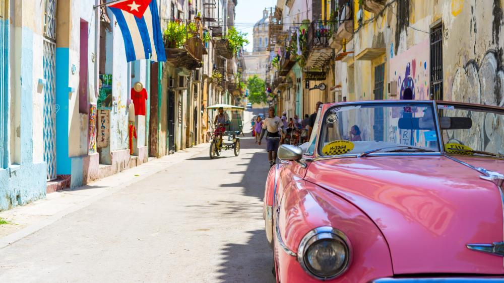 Cuban street wallpaper