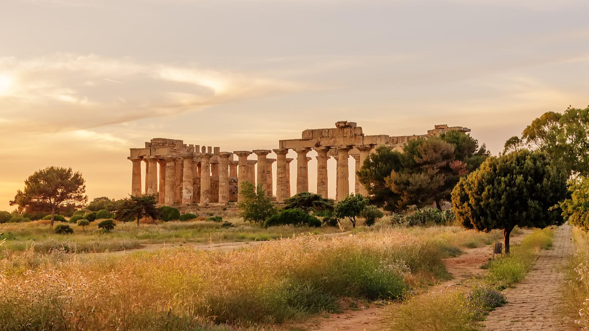 Temple Of Hera - Selinunte, Sicily, Italy wallpaper