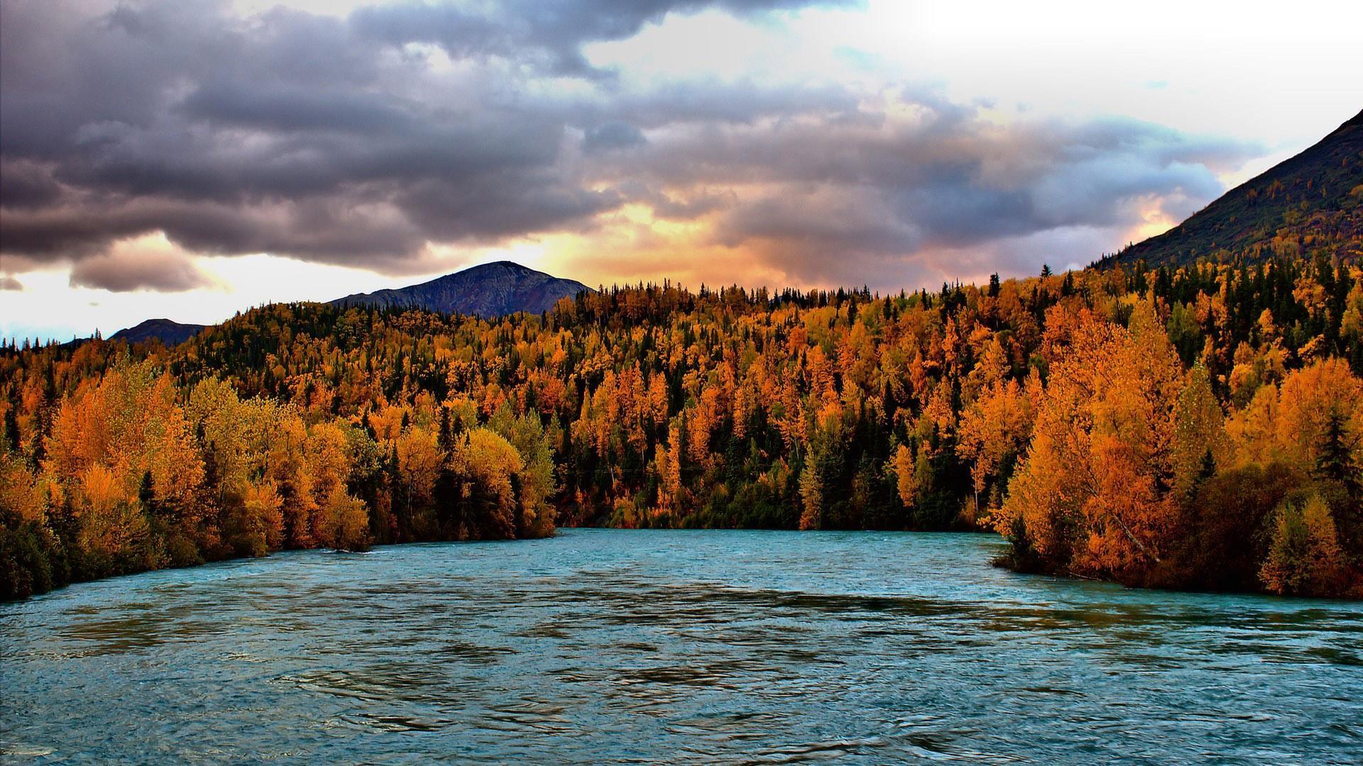 Autumn in Alaska  wallpaper