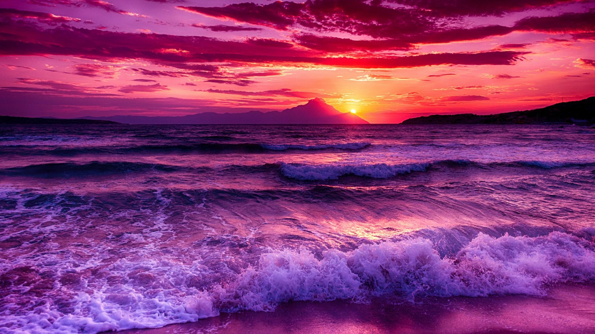 Purple sunset waterscape wallpaper