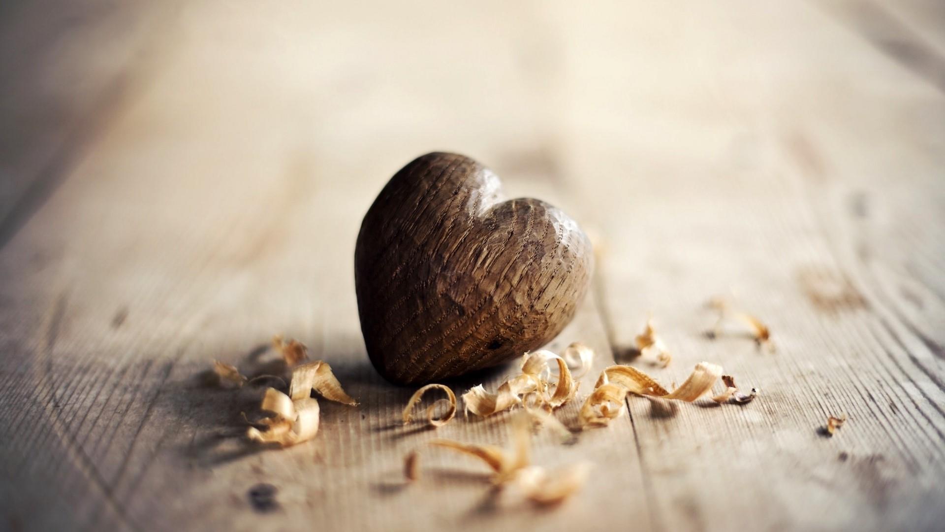 Cute wood heart wallpaper