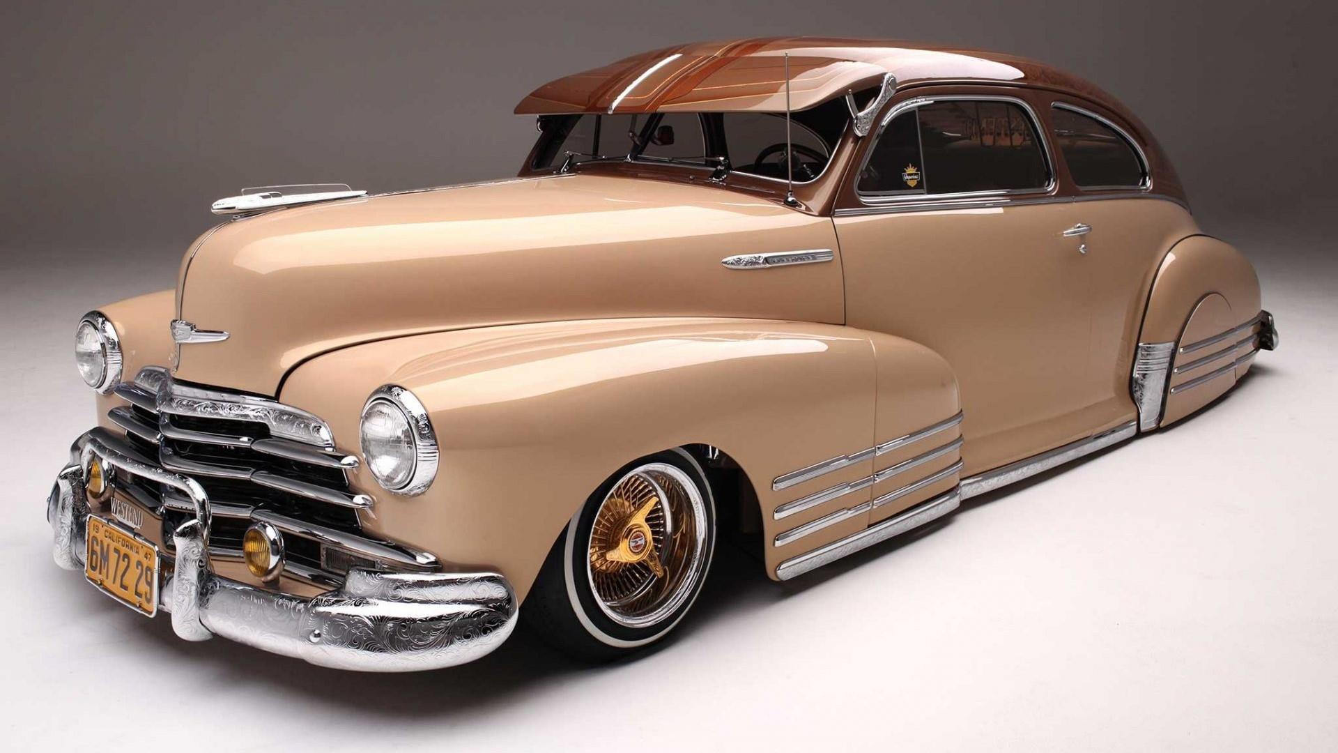 1947 Chevrolet Fleetline wallpaper