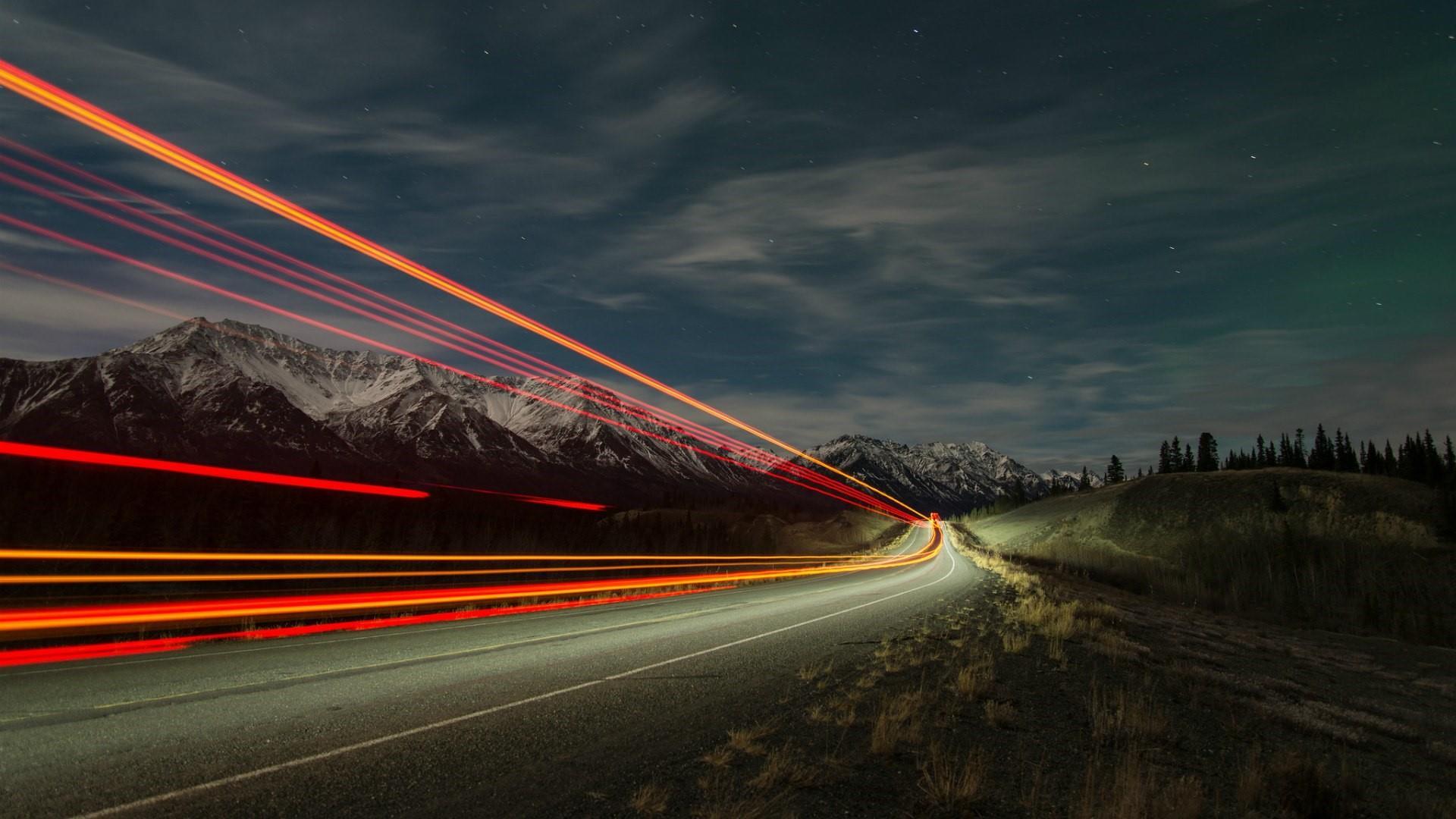 Traffic trail on the Alaska highway wallpaper