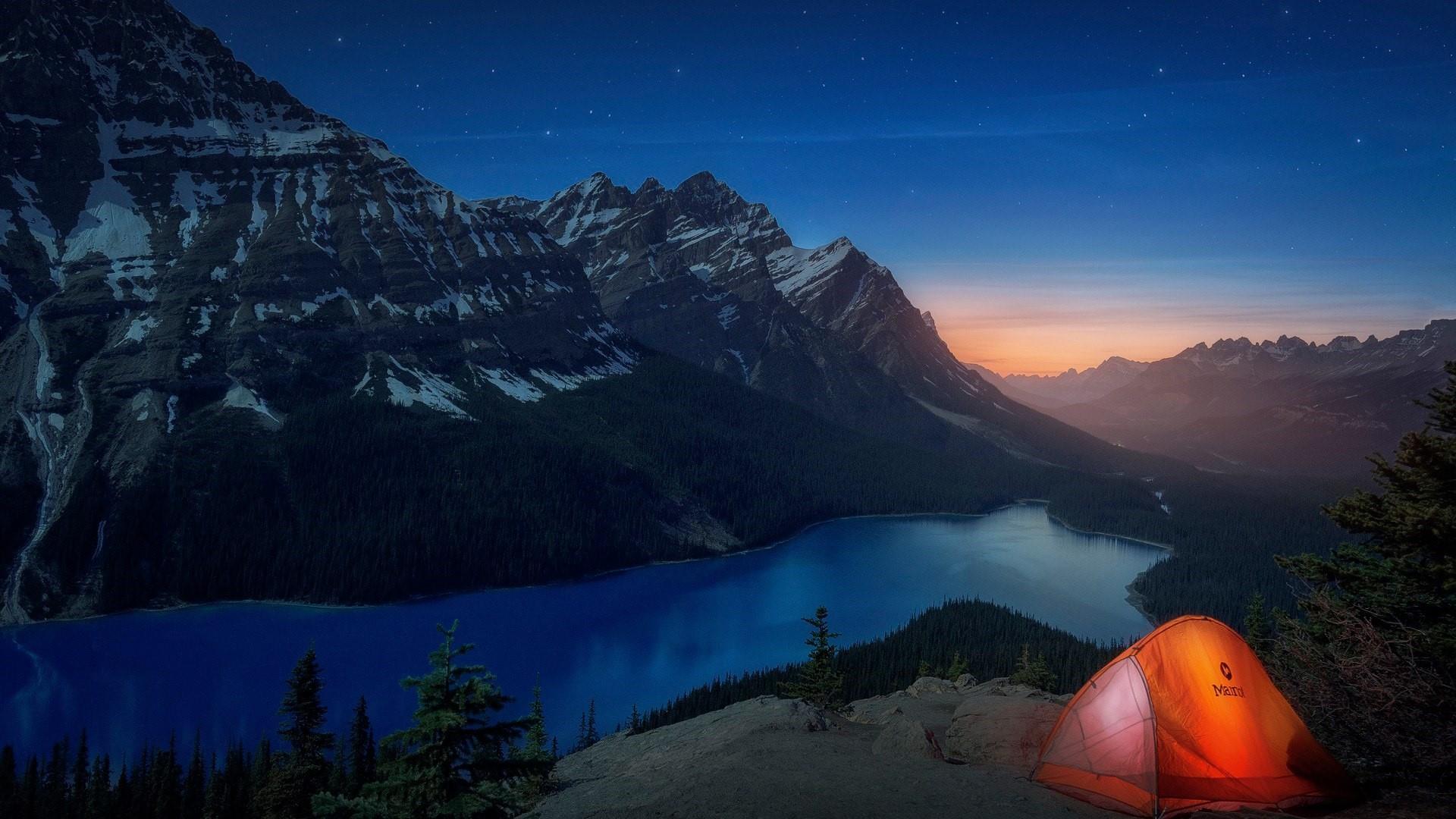 Peyto Lake at night (Banff National Park) wallpaper
