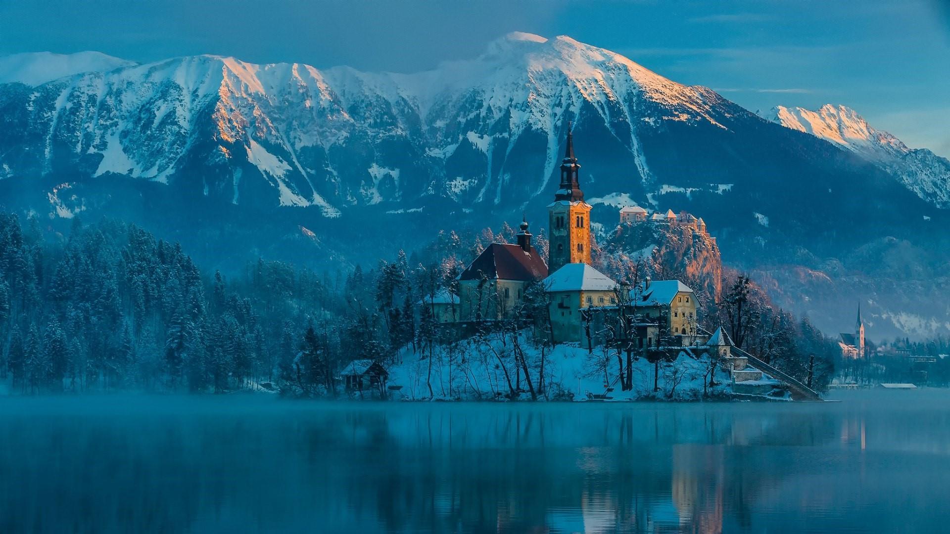Lake Bled - Slovenia wallpaper