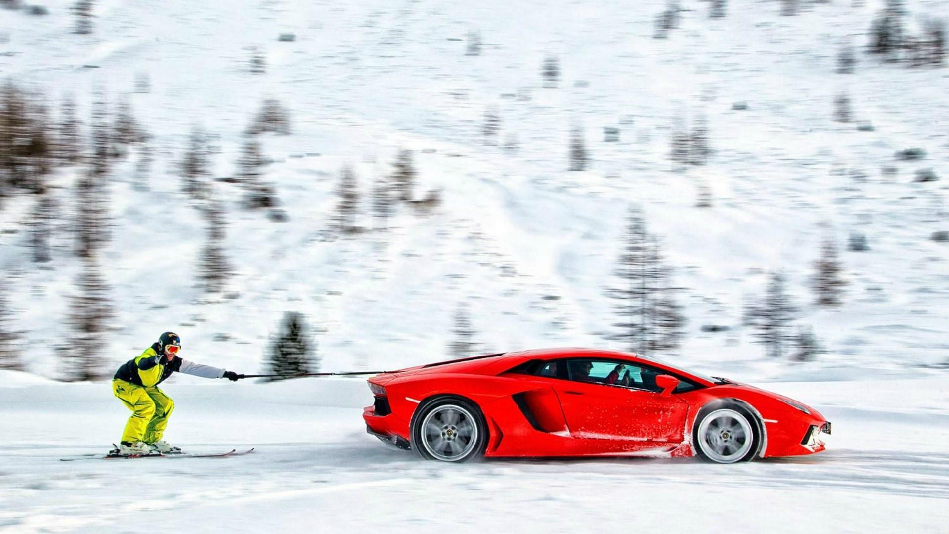 Skiing with a Lamborghini Aventador wallpaper