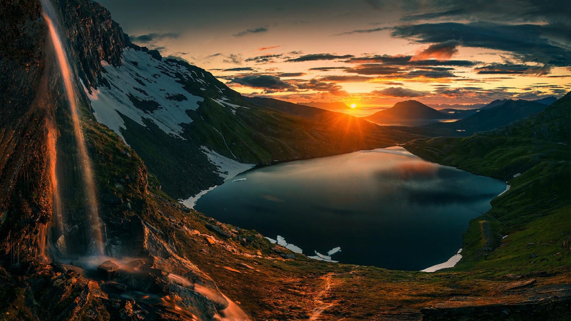 Sunset over Senja, Norway wallpaper - backiee