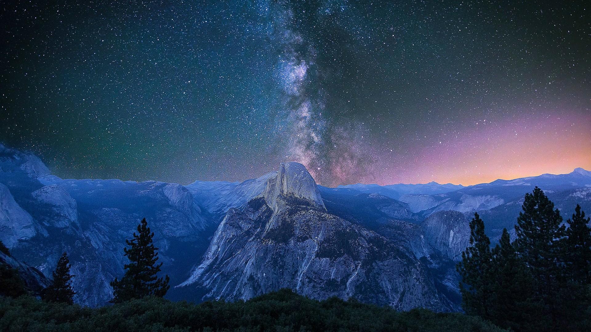 Milky Way over Yosemite wallpaper