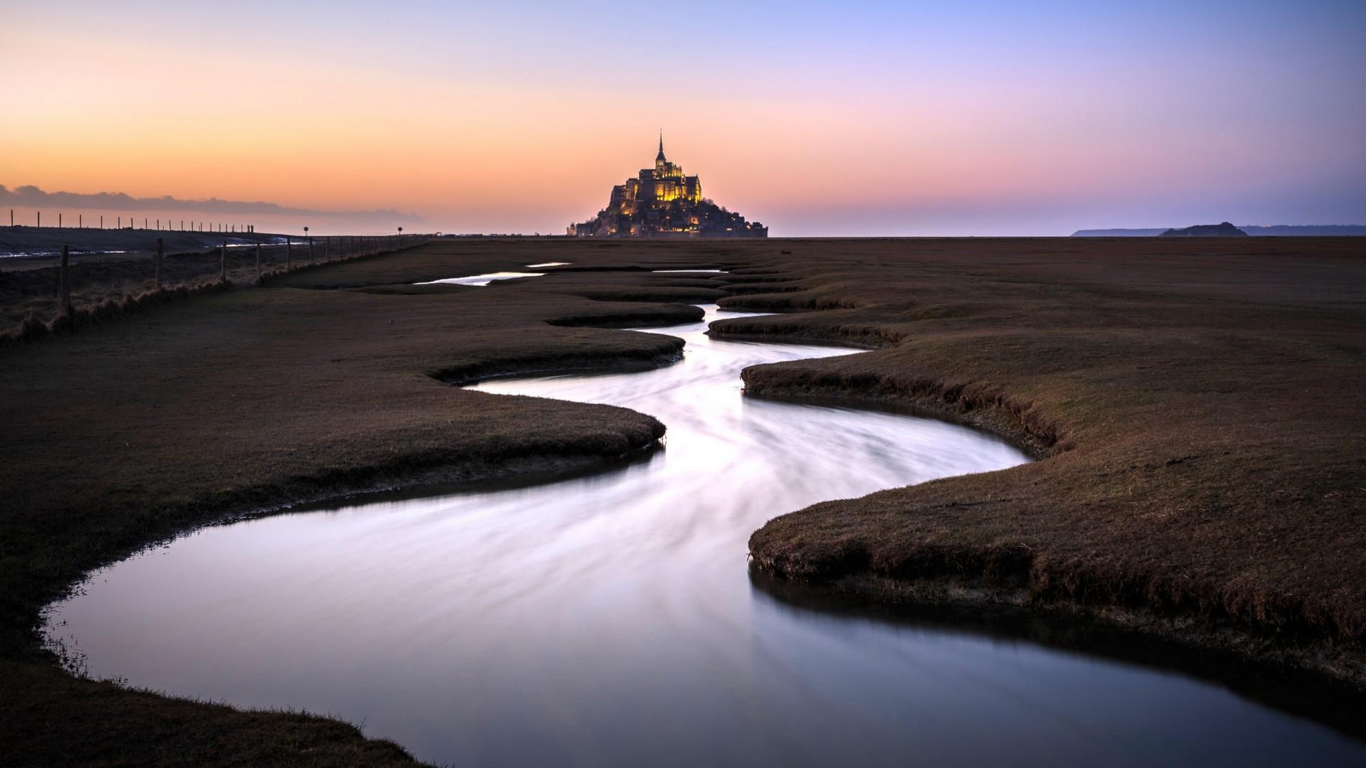 Mont Saint-Michel (Normandy, France) wallpaper