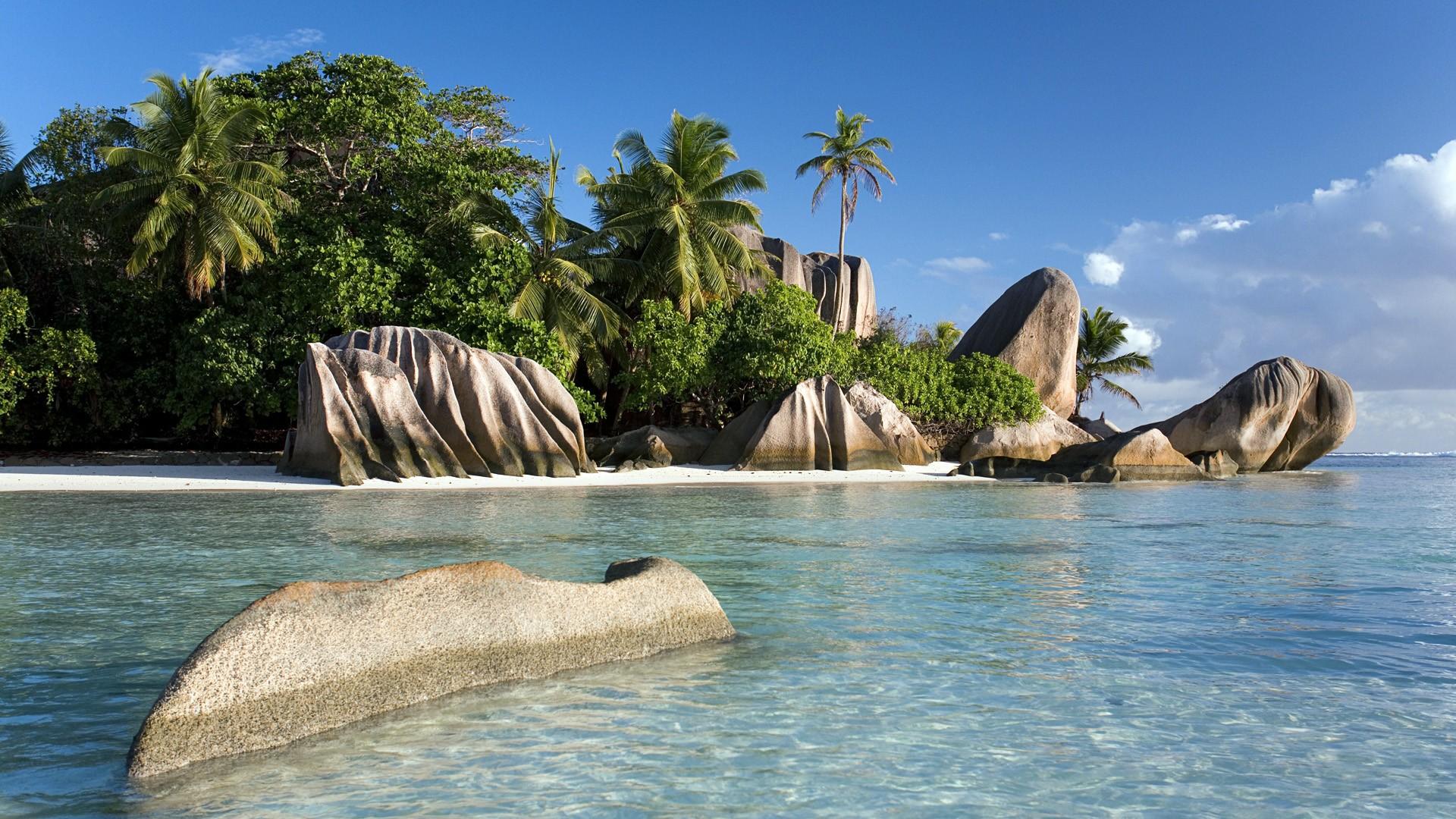 Anse Source d'Argent beach (Seychelles) wallpaper
