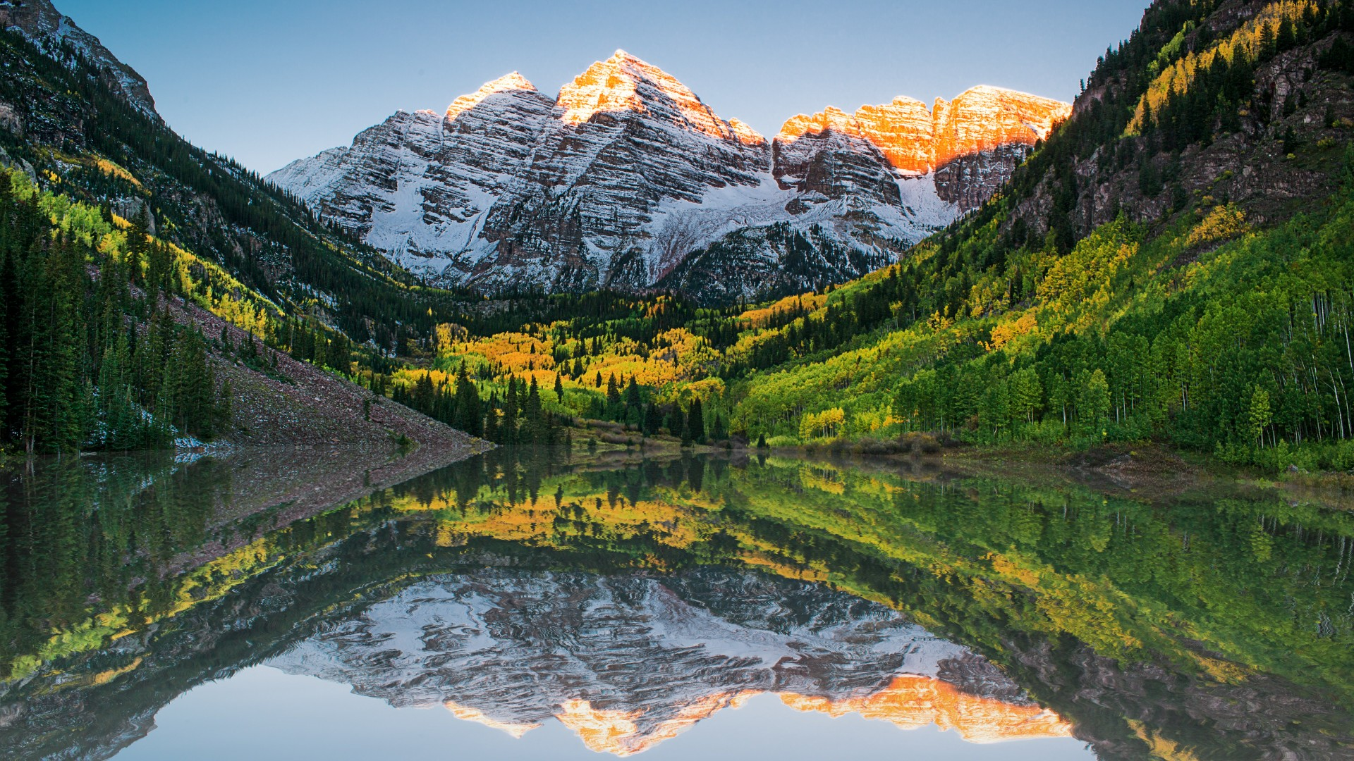 Maroon Bells reflection wallpaper