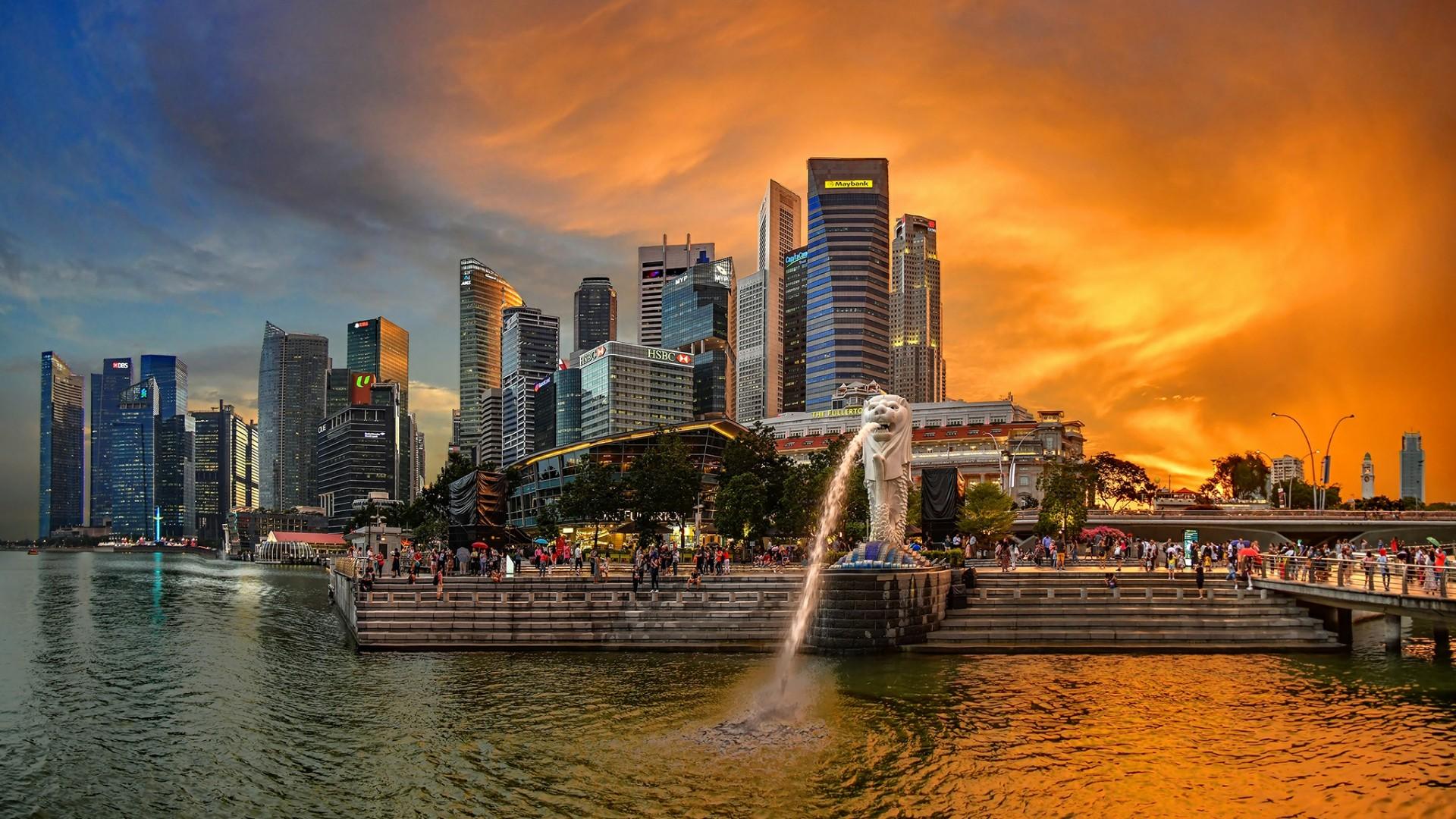 Water-spouting Merlion - Merlion Park, Singapore wallpaper