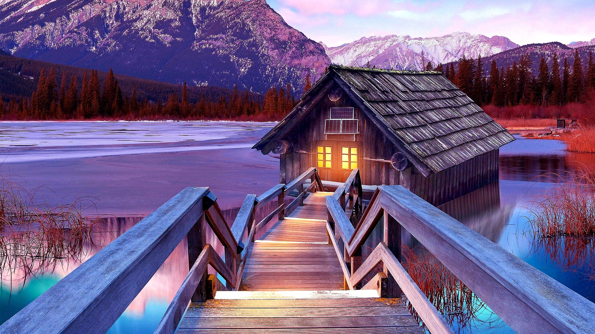 House on the lake wallpaper