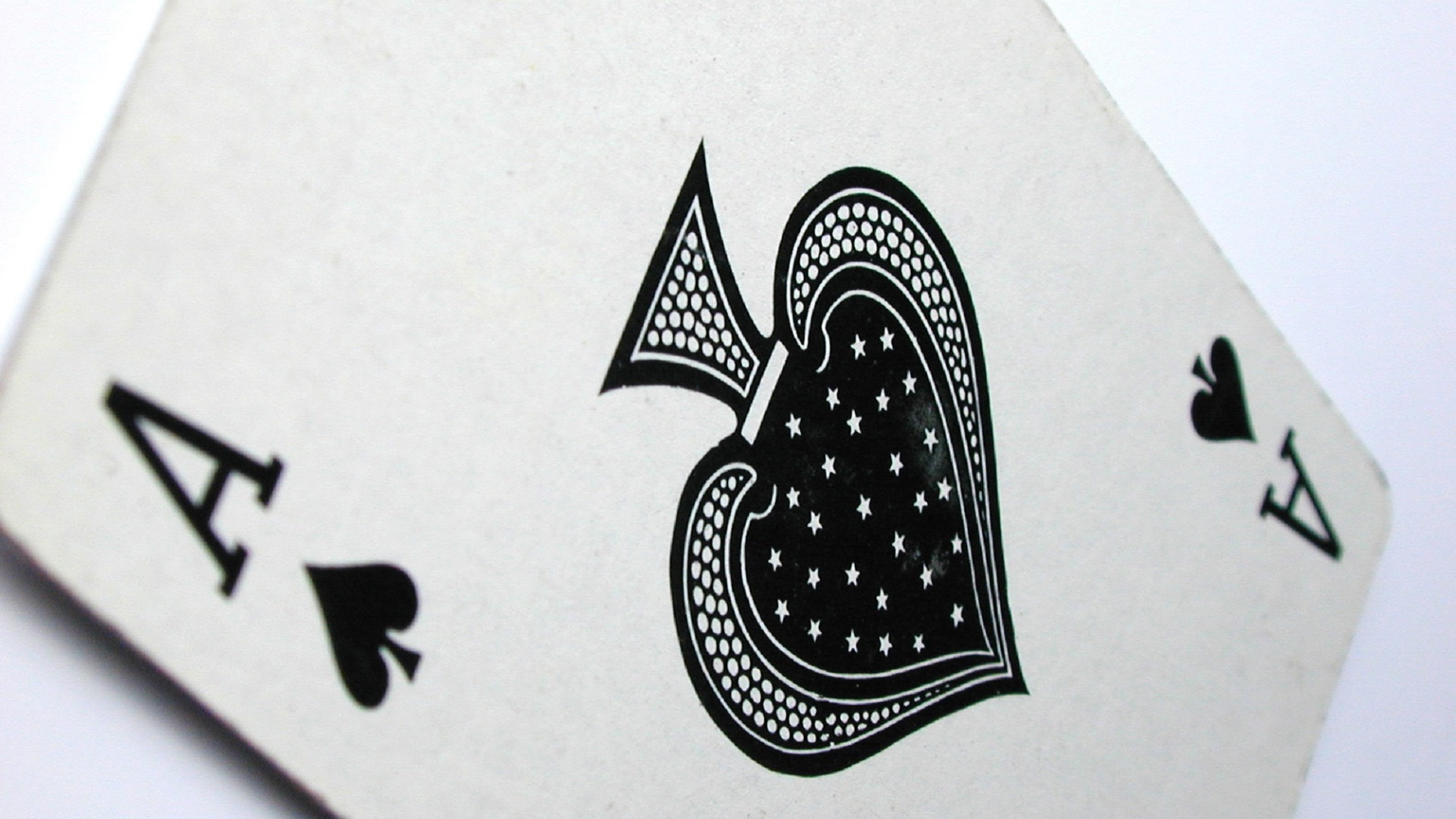 Ace of Spades card wallpaper
