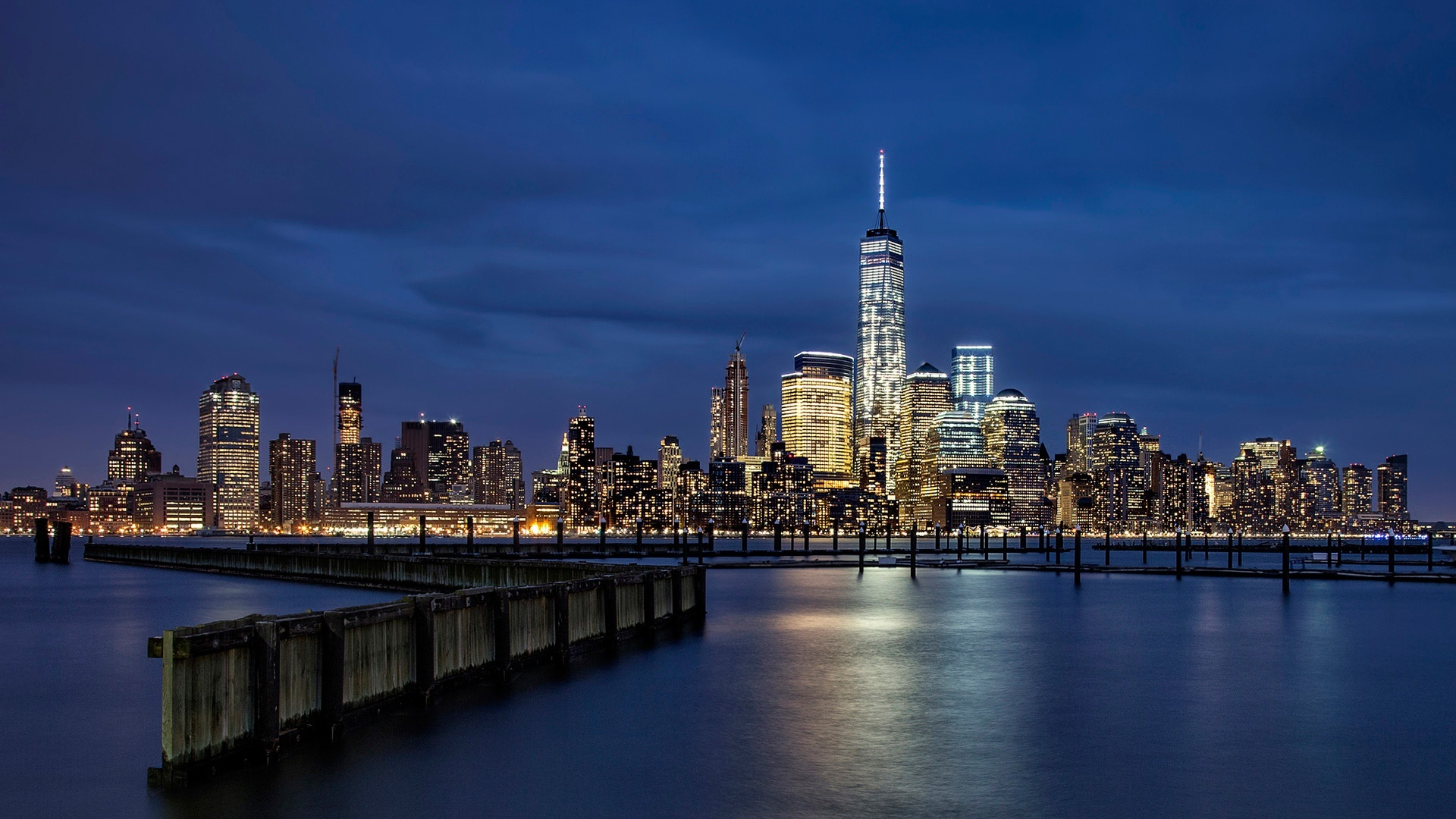 Lower Manhattan at night wallpaper