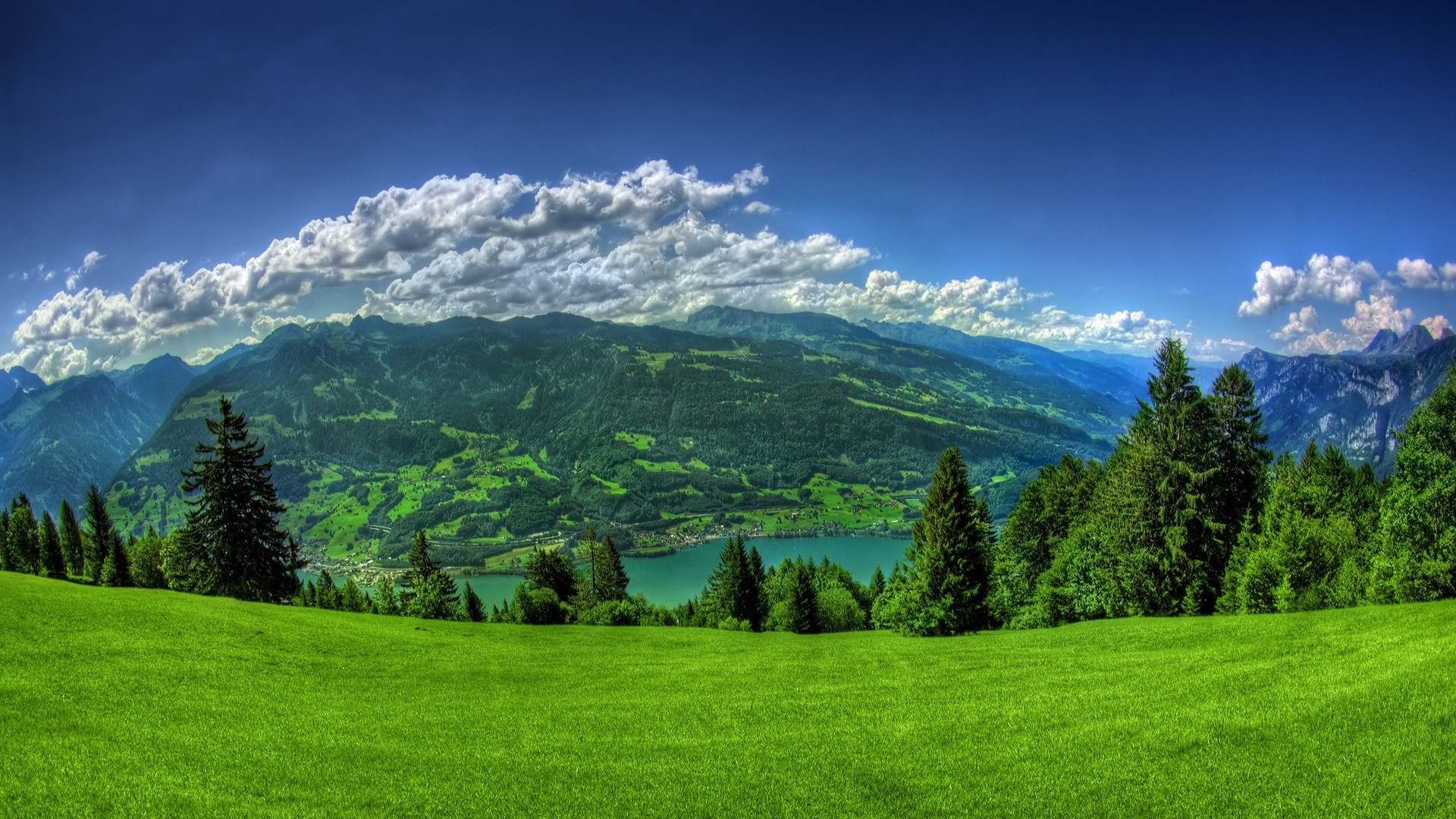 Beautiful panoramic landscape photo wallpaper