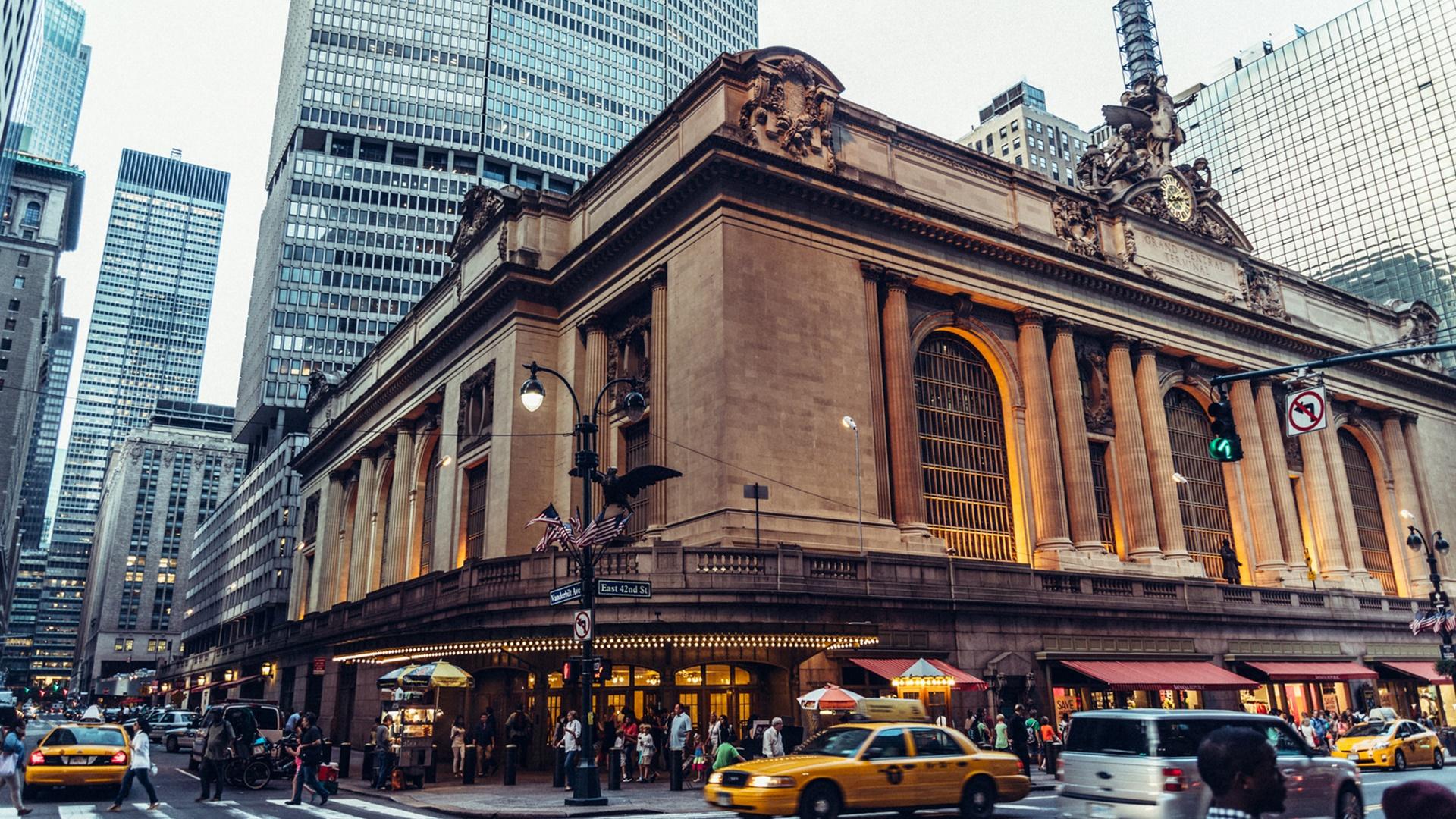 New York Central Station Outside wallpaper