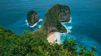 Crystal Bay Nusa Penida wallpaper
