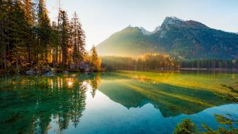 Peaceful Hintersee lake wallpaper