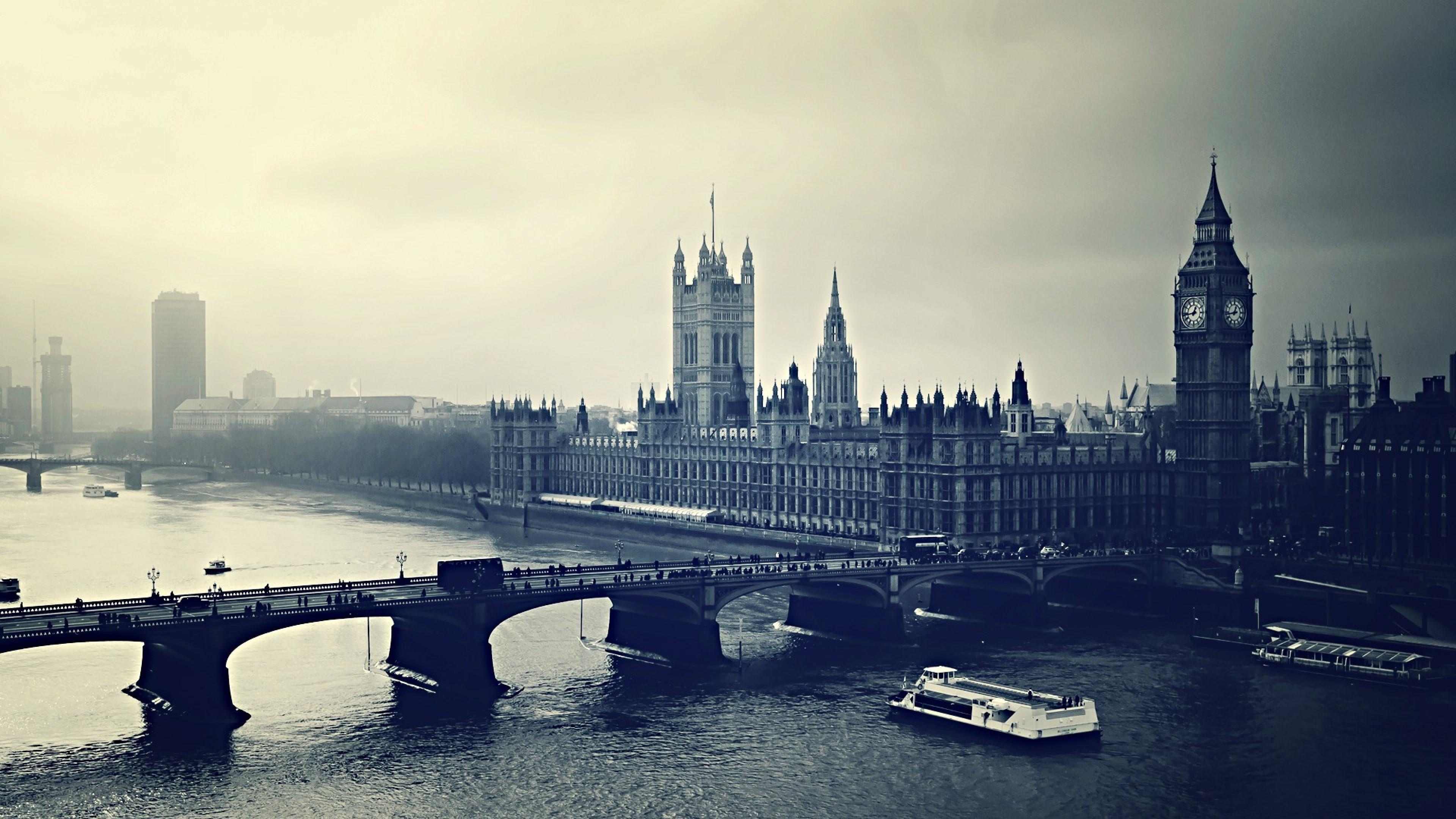 Houses of Parliament and Big Ben wallpaper