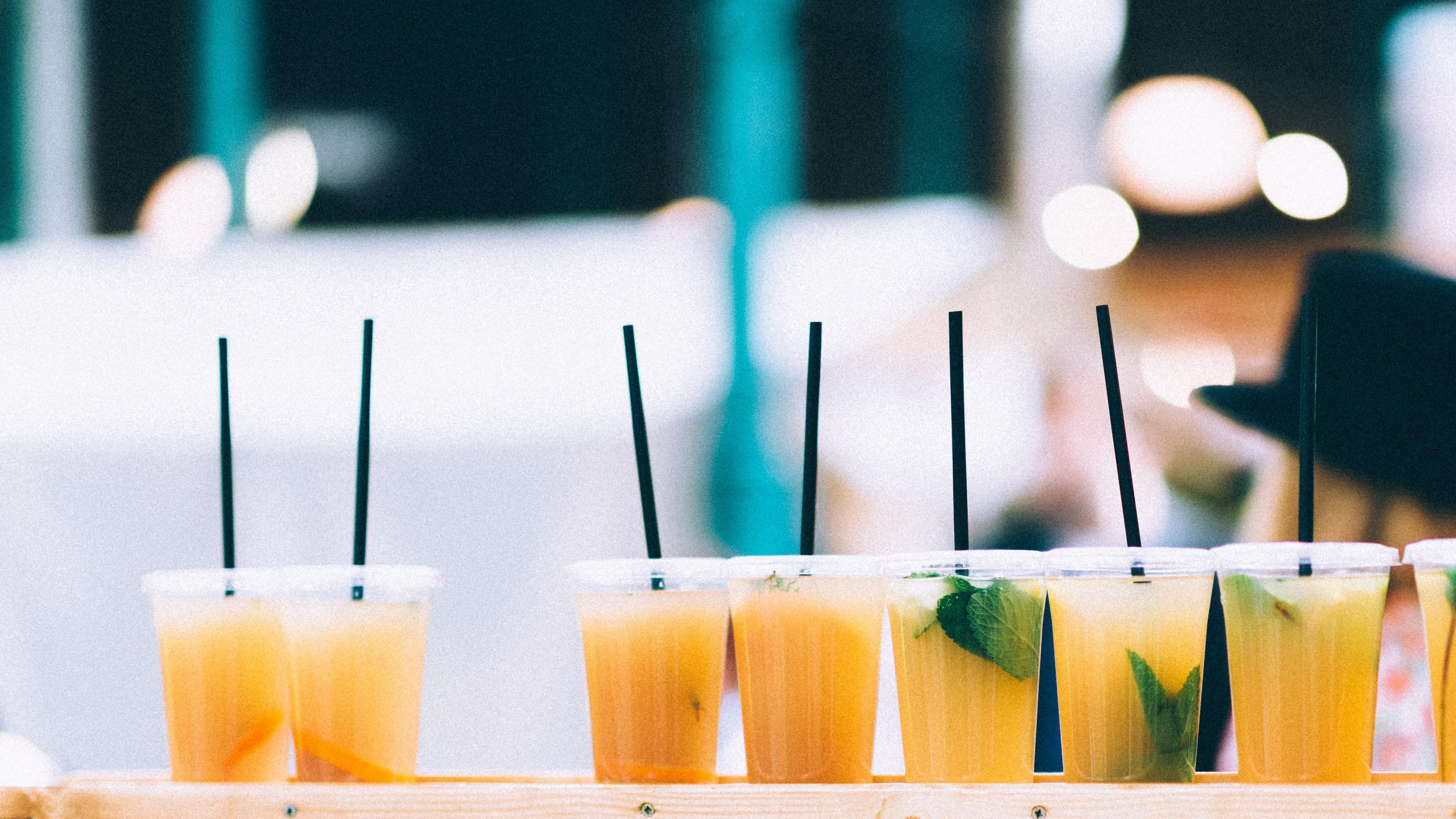 Orange juice cocktail wallpaper