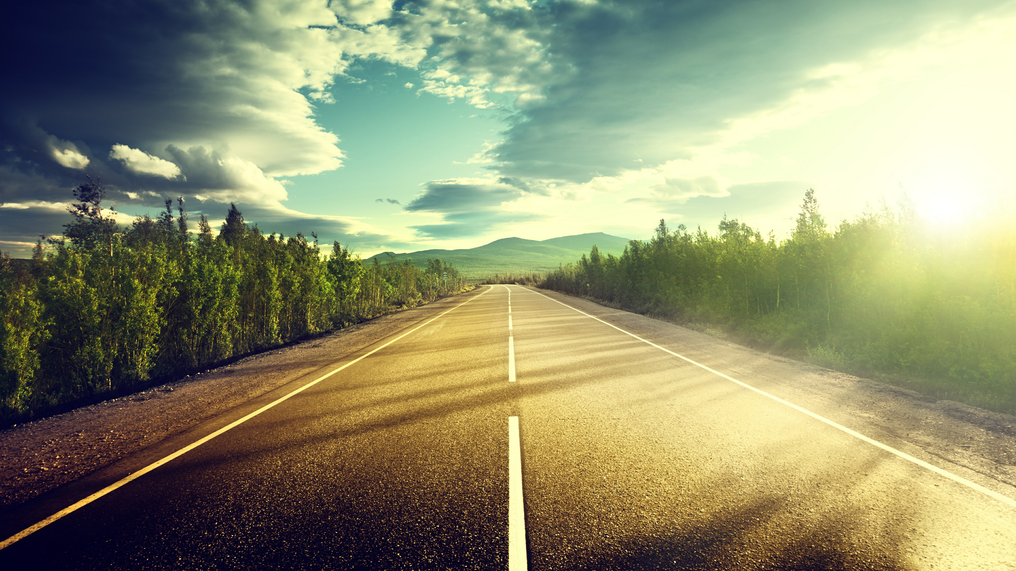 Endless road in the sunshine wallpaper