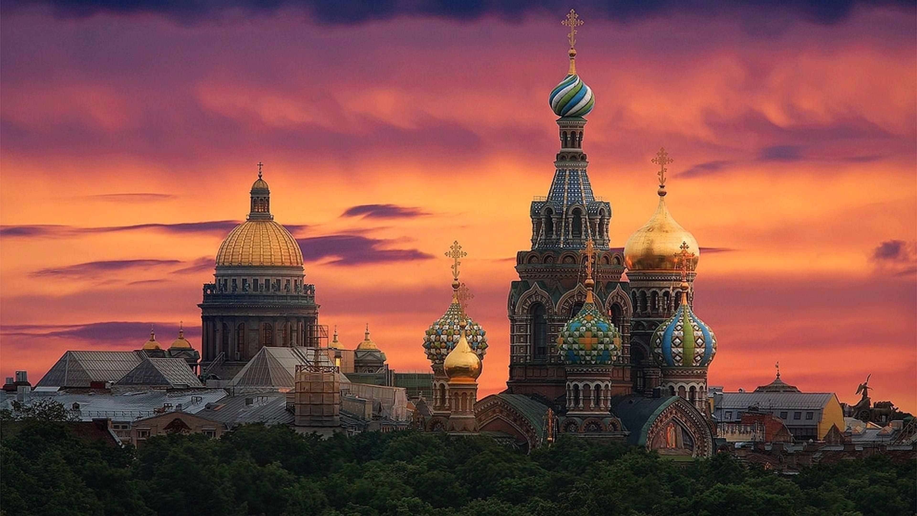 Church of the Savior on Spilled Blood - St. Petersburg, Russia wallpaper