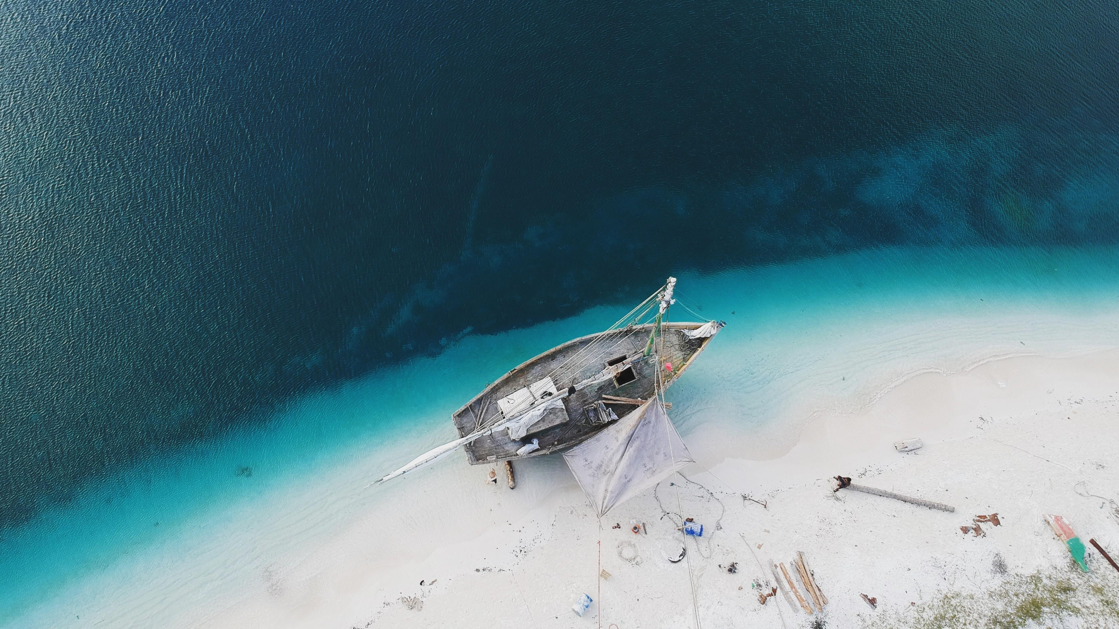 Uninhabited island shipwreck - Aerial photography wallpaper