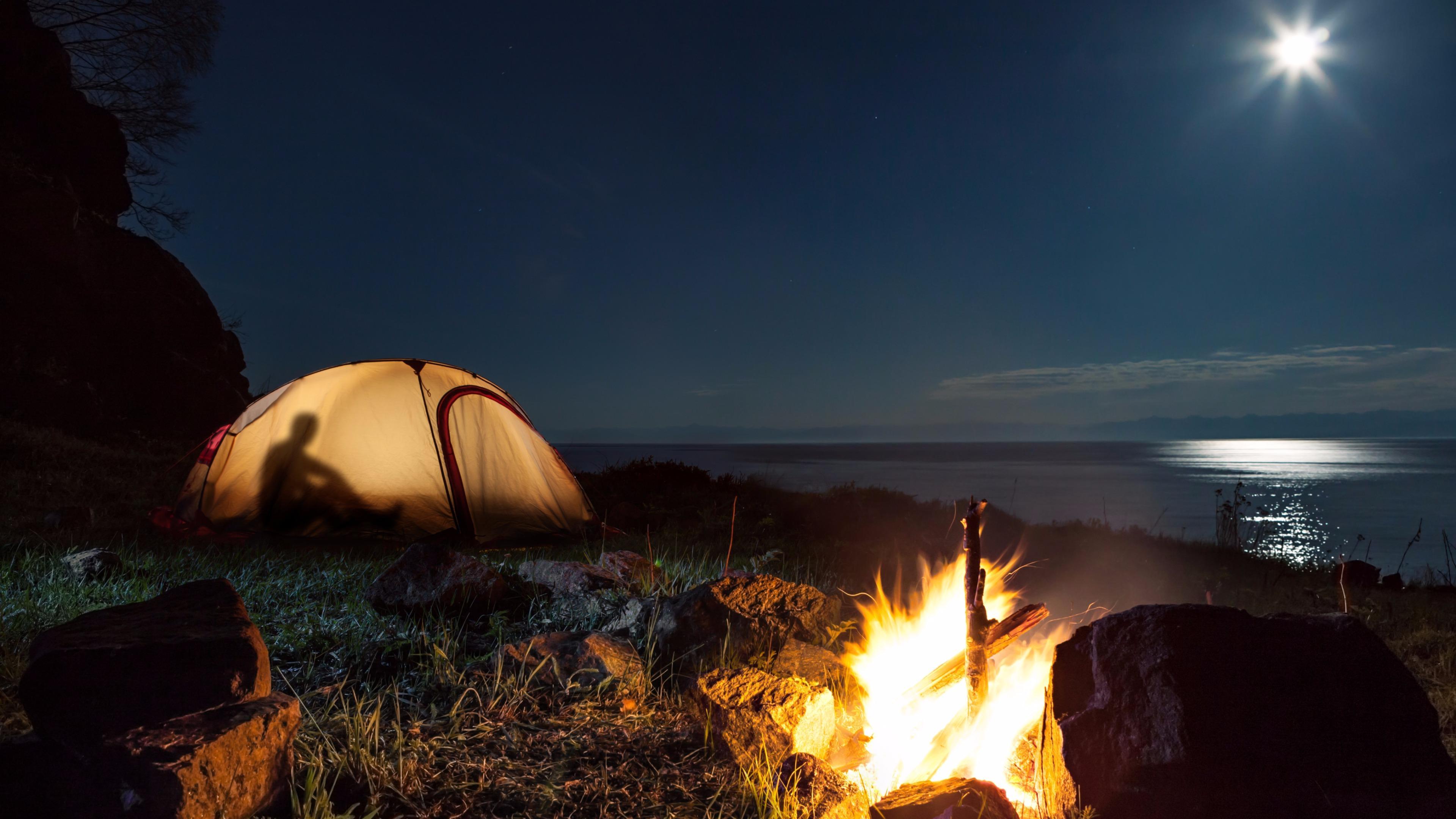 Moonlight Camp wallpaper
